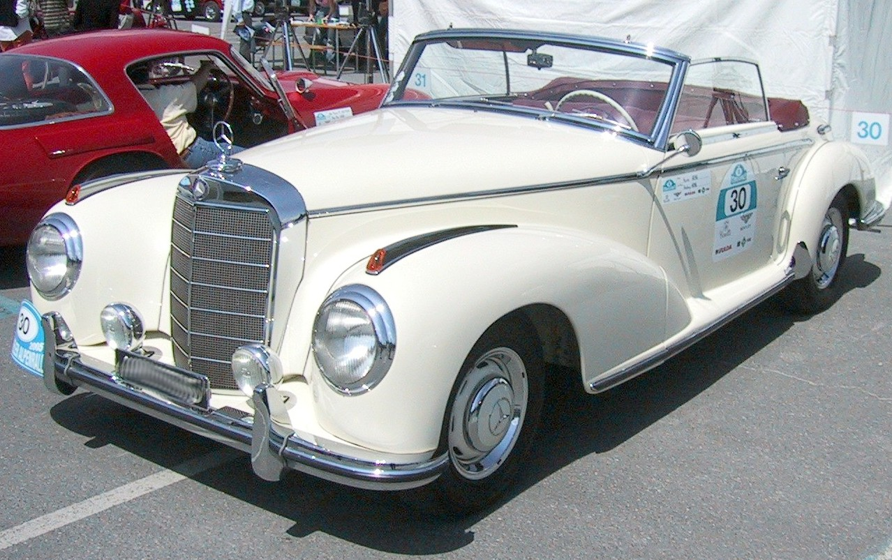 Mercedes-benz 300s photo - 1