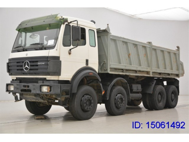 Mercedes-benz 3234 photo - 4