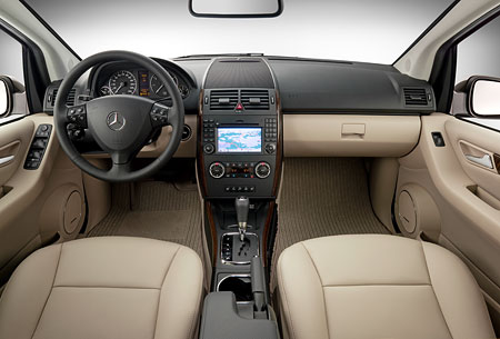 Mercedes-benz a150 photo - 3
