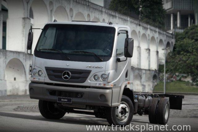 Mercedes-benz accelo photo - 1