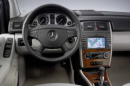Mercedes-benz b200 photo - 4