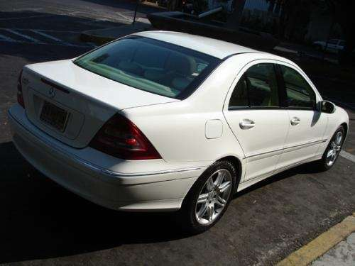 Mercedes-benz c280 photo - 3