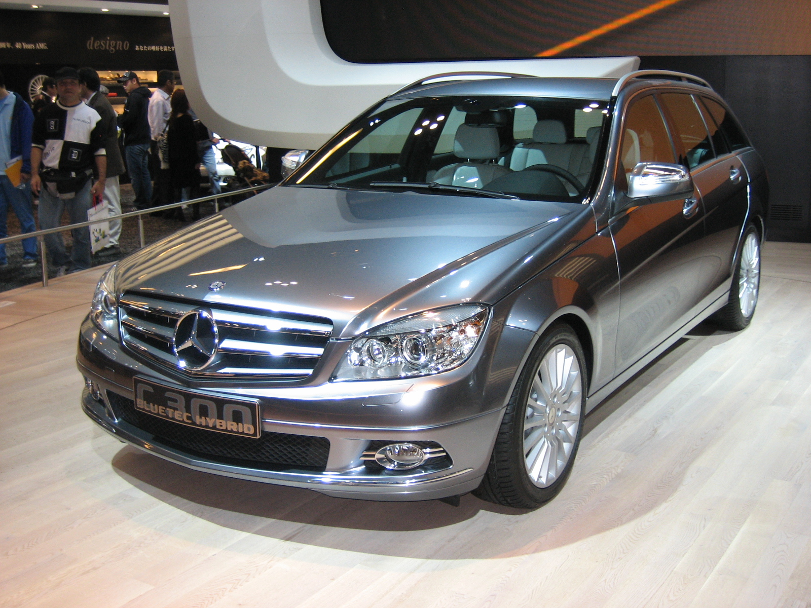 Mercedes-benz c300 photo - 4