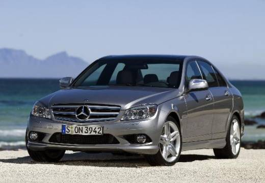 Mercedes-benz c320 photo - 1