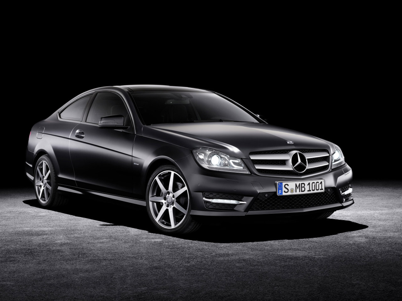 Mercedes-benz c350 photo - 2