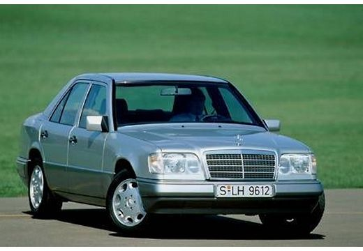Mercedes-benz e250 photo - 3