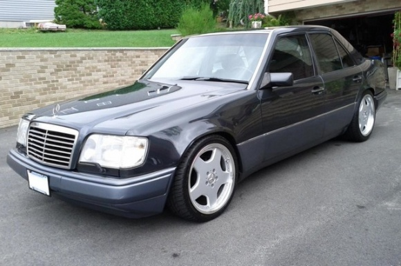 Mercedes-benz e420 photo - 2