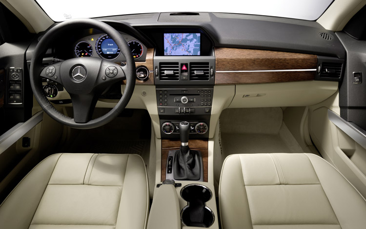 Mercedes-benz glk photo - 1