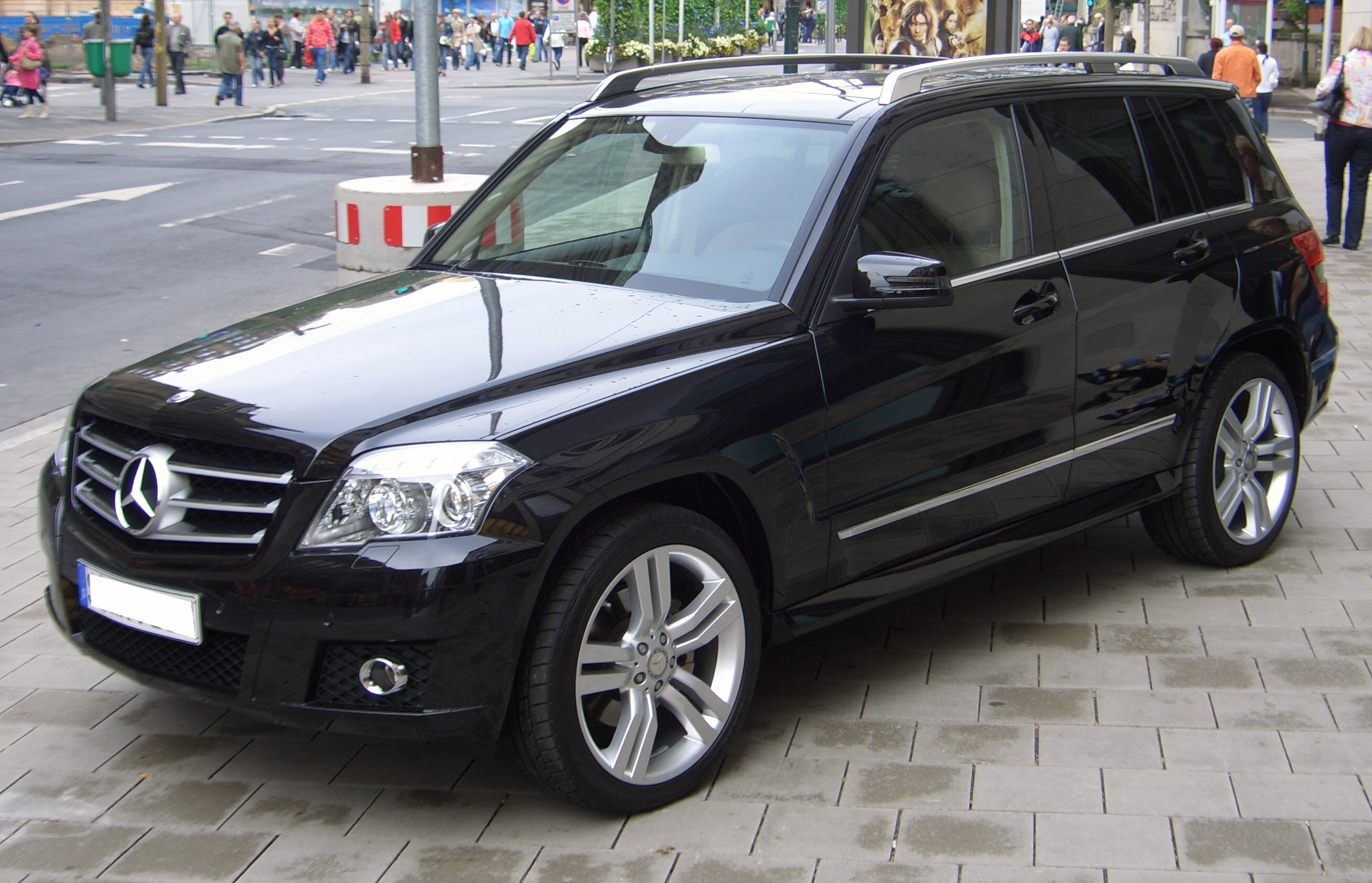 Mercedes-benz glk photo - 3