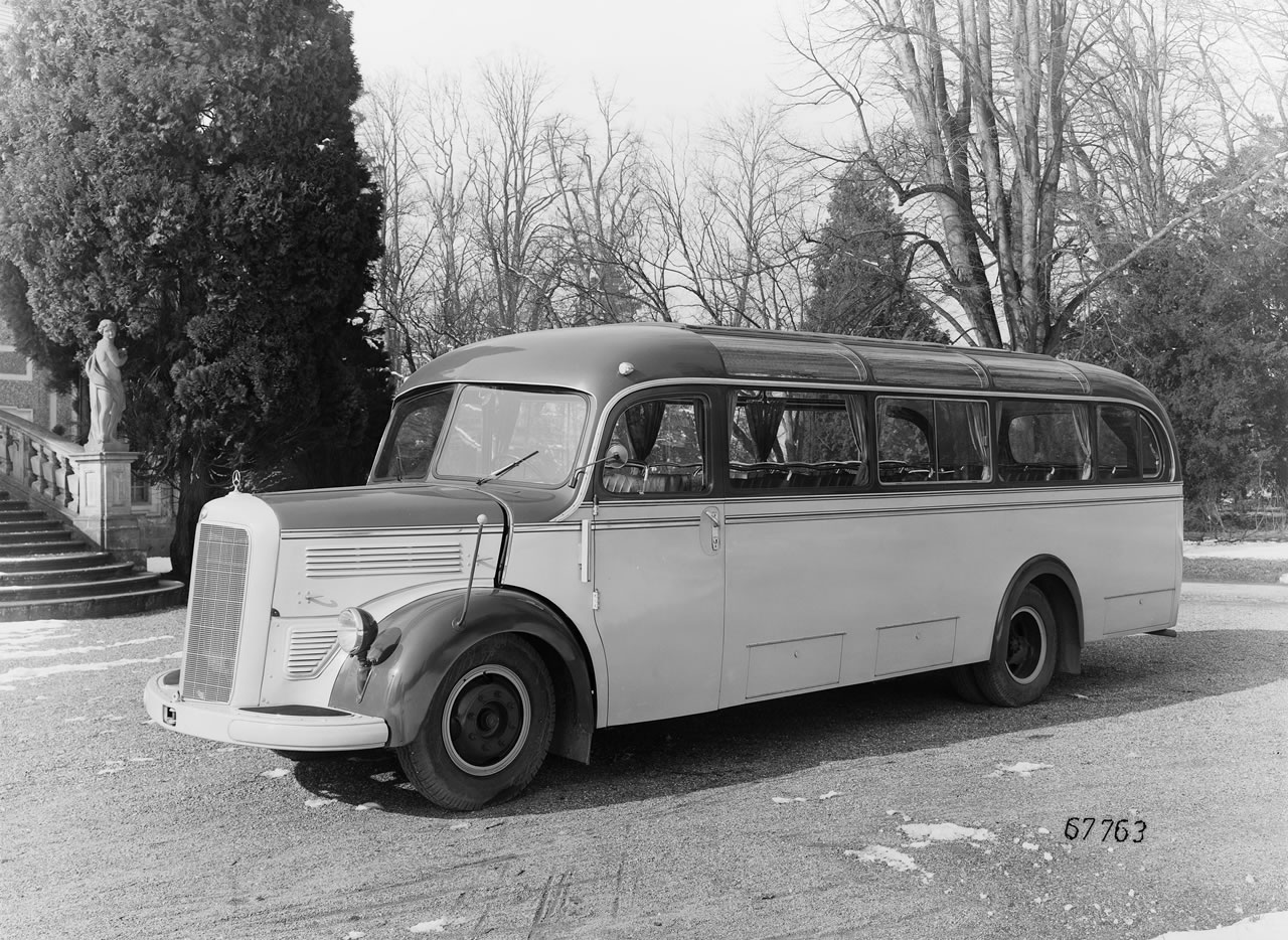 Mercedes-benz l-series photo - 2