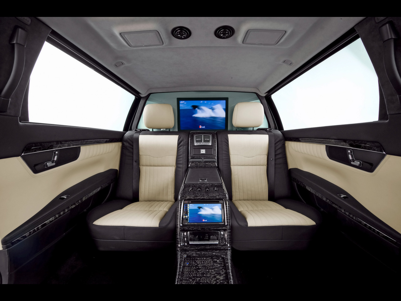 Mercedes-benz limousine photo - 2