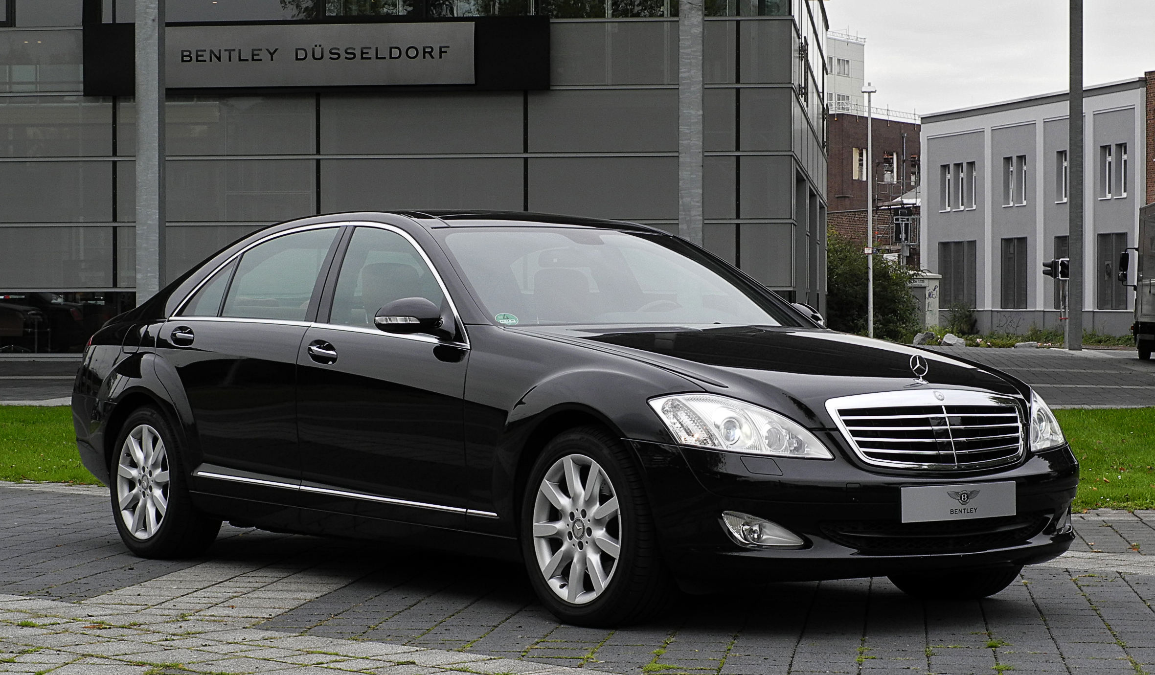 Mercedes-benz s320 photo - 2