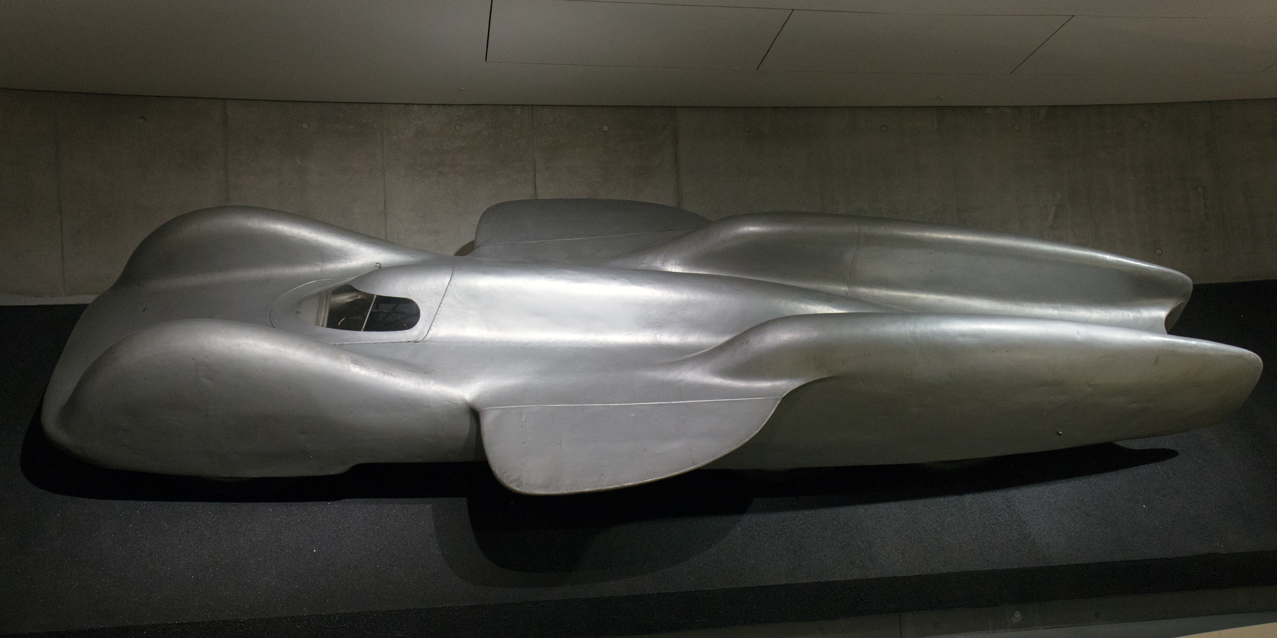 Mercedes-benz t80 photo - 3