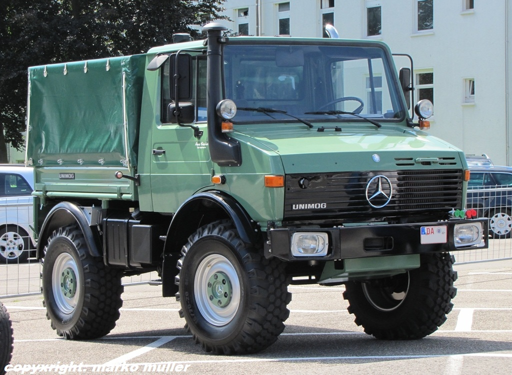 Mercedes-benz unimog photo - 3