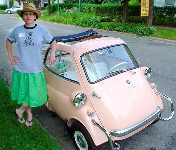 Microcar car photo - 3