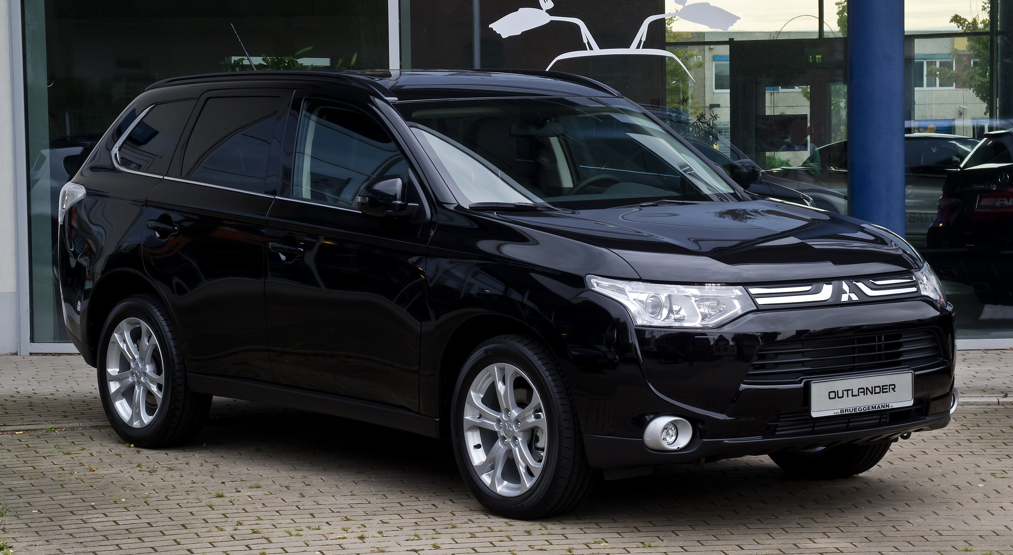 Mitsubishi outlander photo - 2