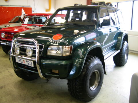 Mitsubishi trooper photo - 2