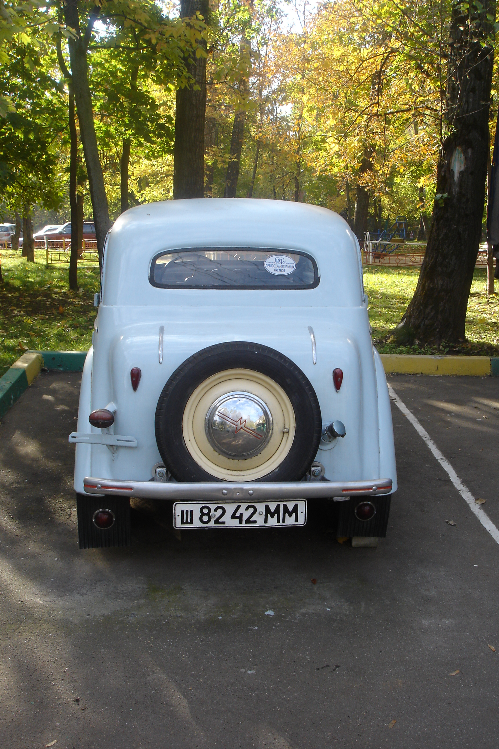 Moskvich 400 photo - 4