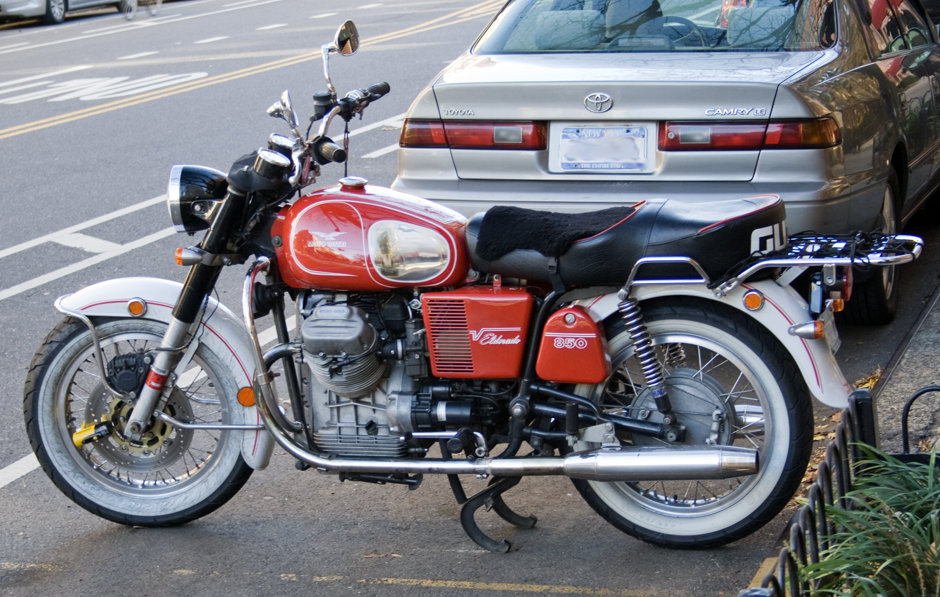 Moto guzzi 850 photo - 2