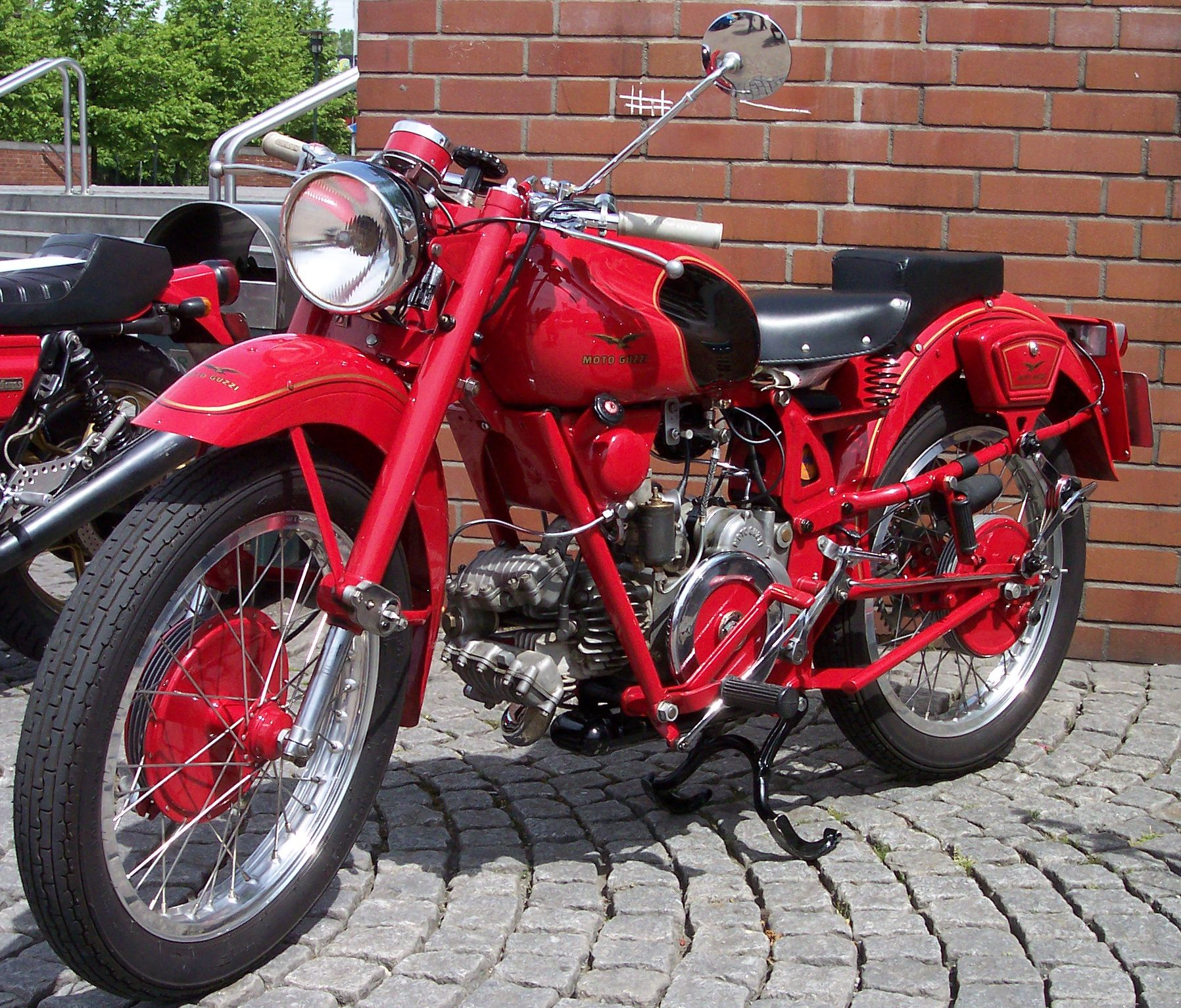 Moto guzzi gtv photo - 2