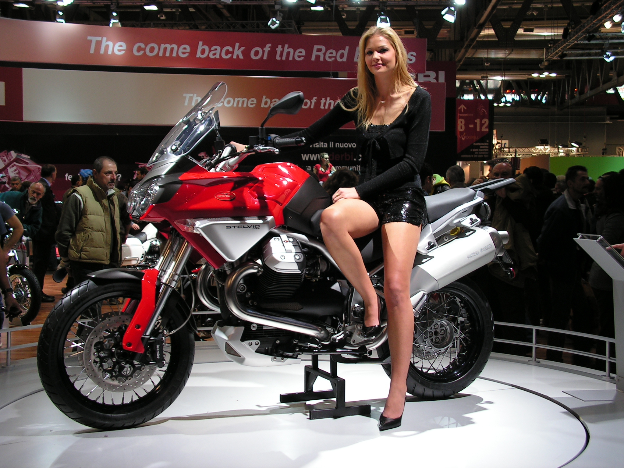Moto guzzi stelvio photo - 1