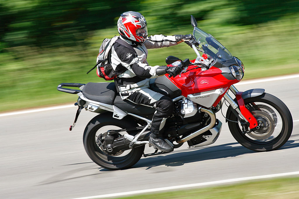 Moto guzzi stelvio photo - 2