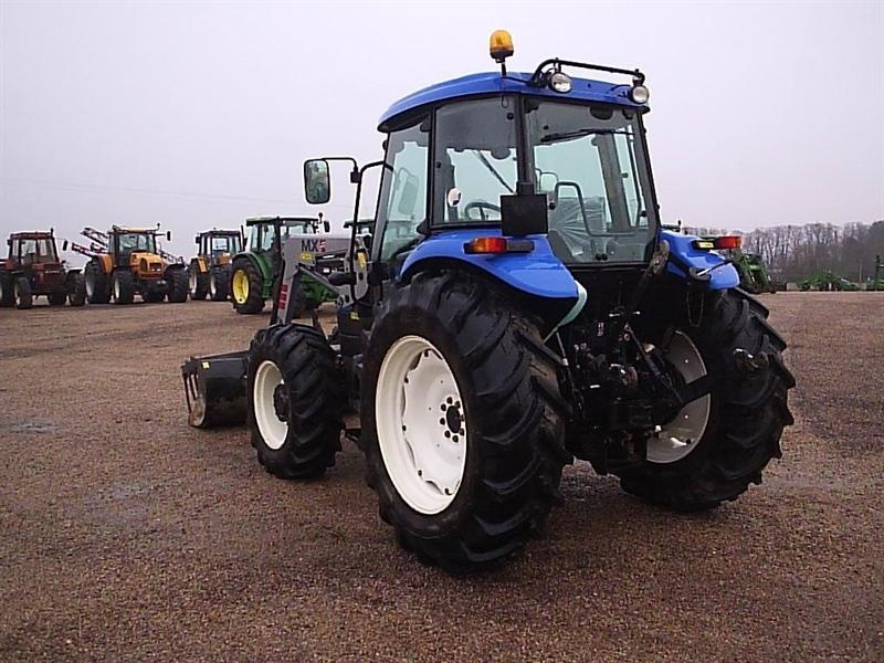 New holland 5030 photo - 3