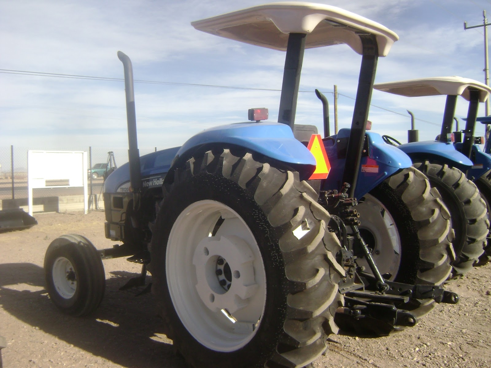 New holland 5610 photo - 1