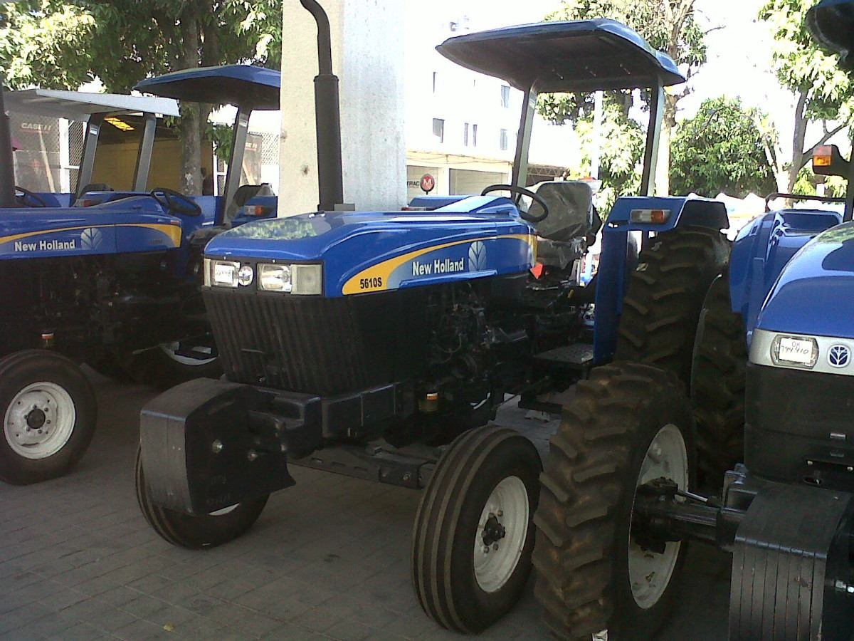 New holland 5610 photo - 3
