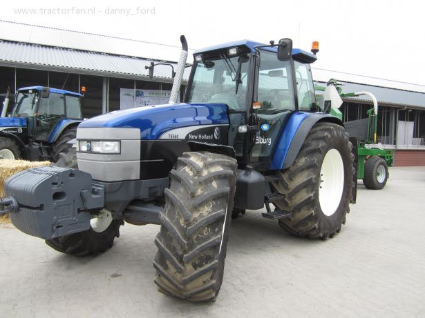 New holland 8560 photo - 3