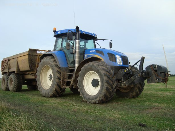 New holland t photo - 2