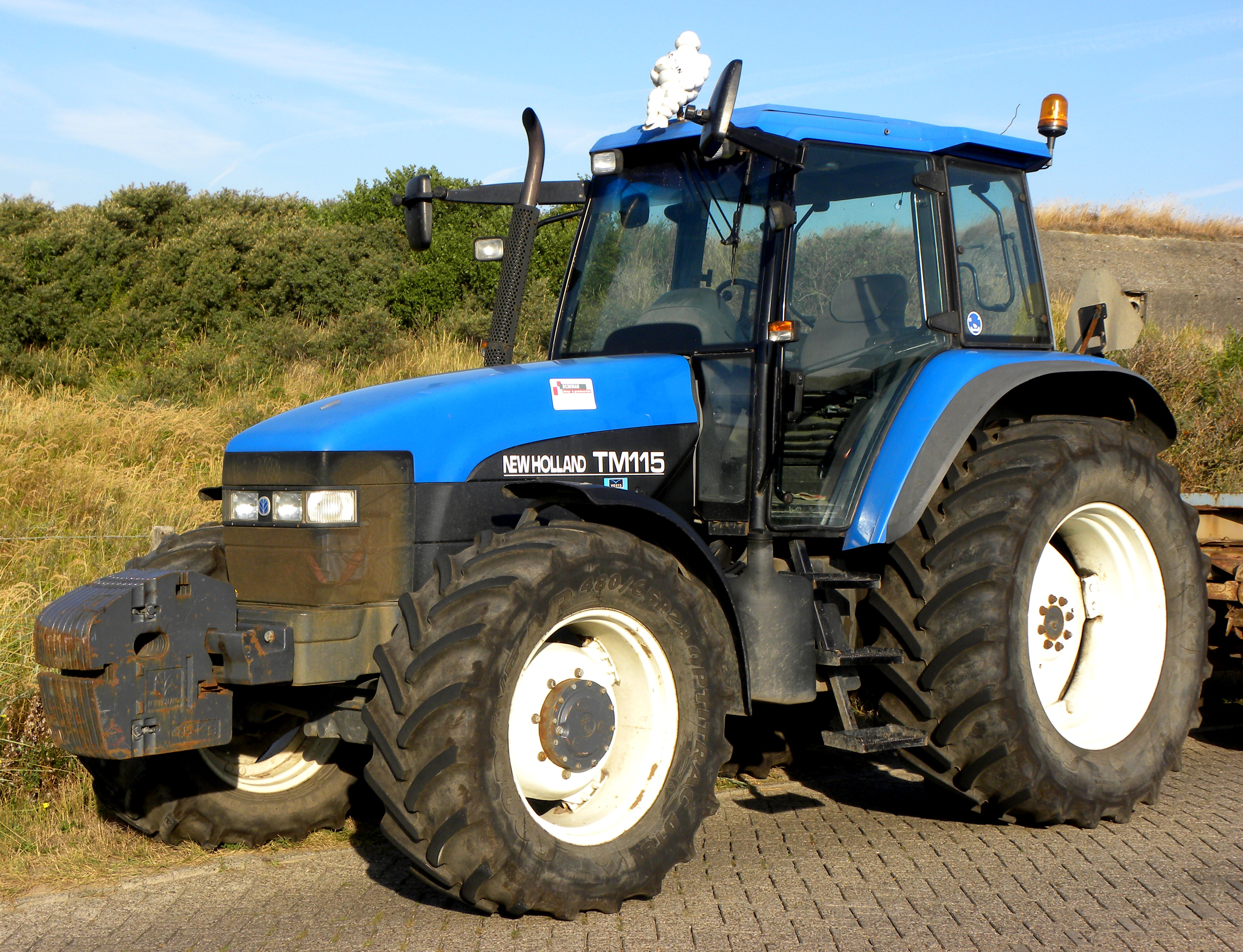 New holland tm photo - 2