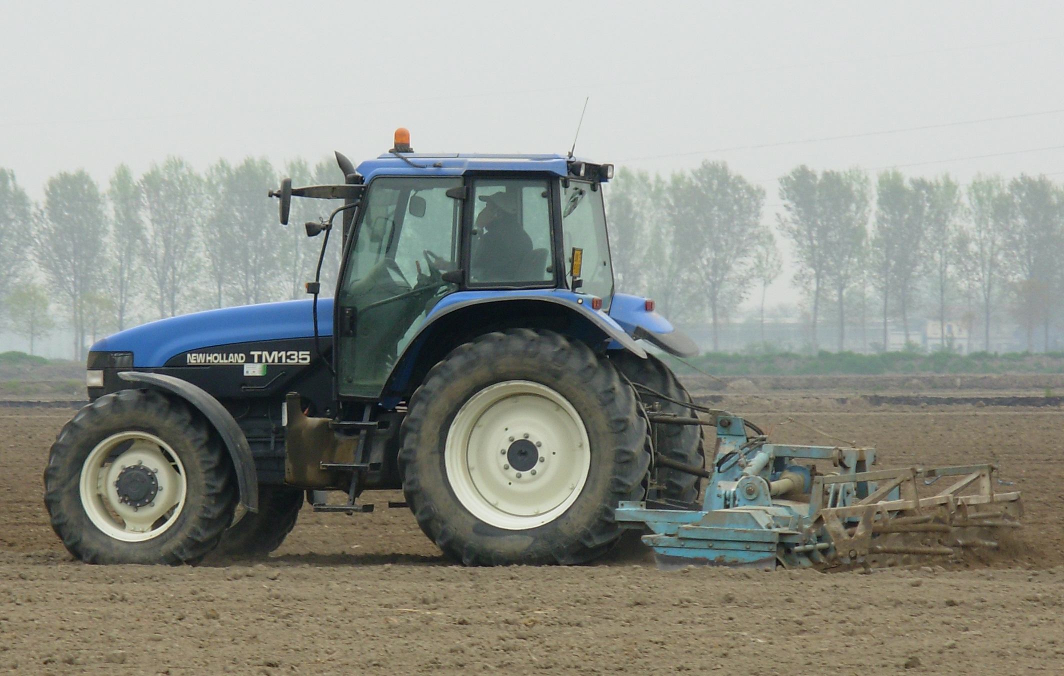 New holland tm photo - 4
