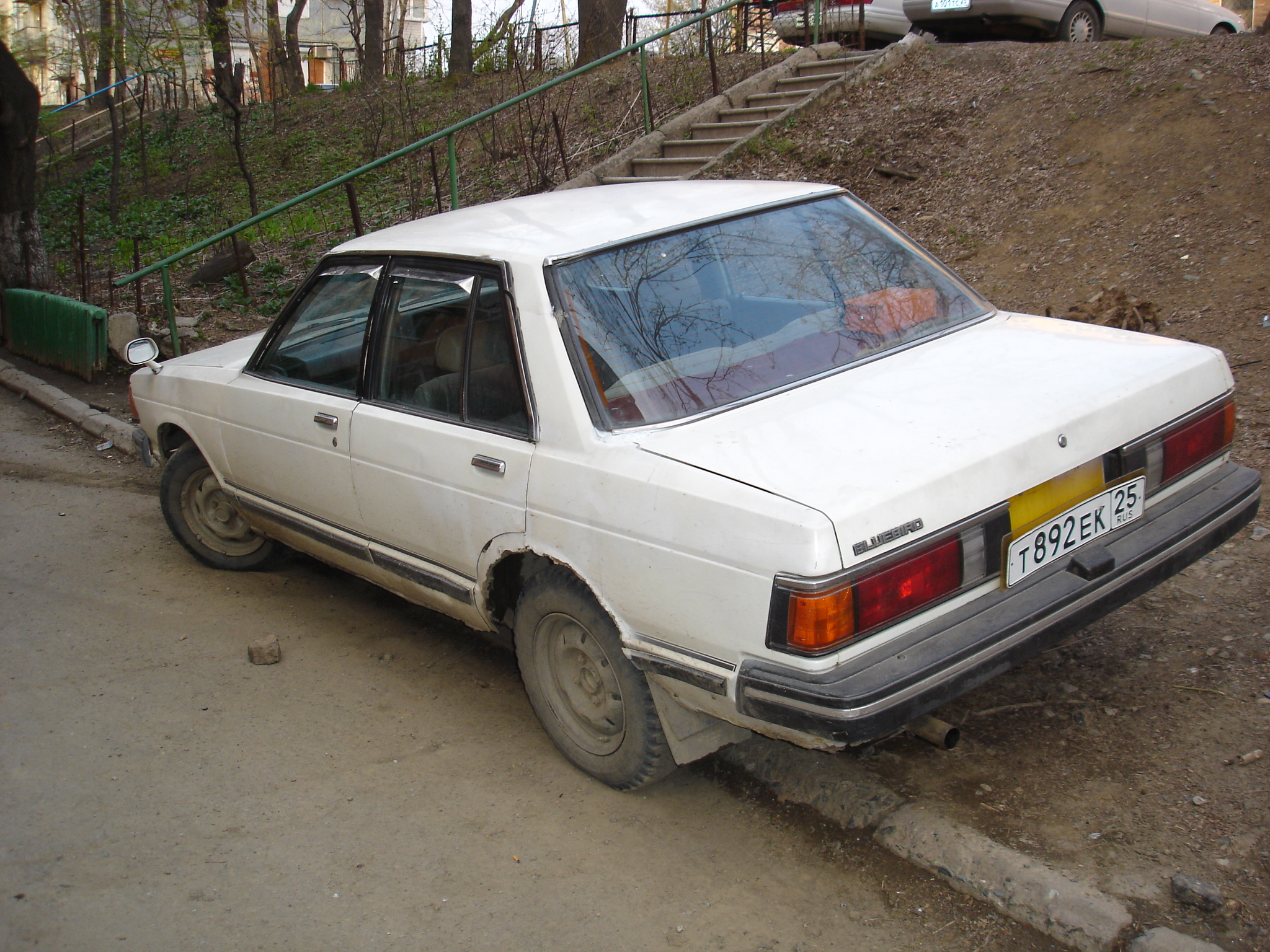 Nissan bluebird photo - 2