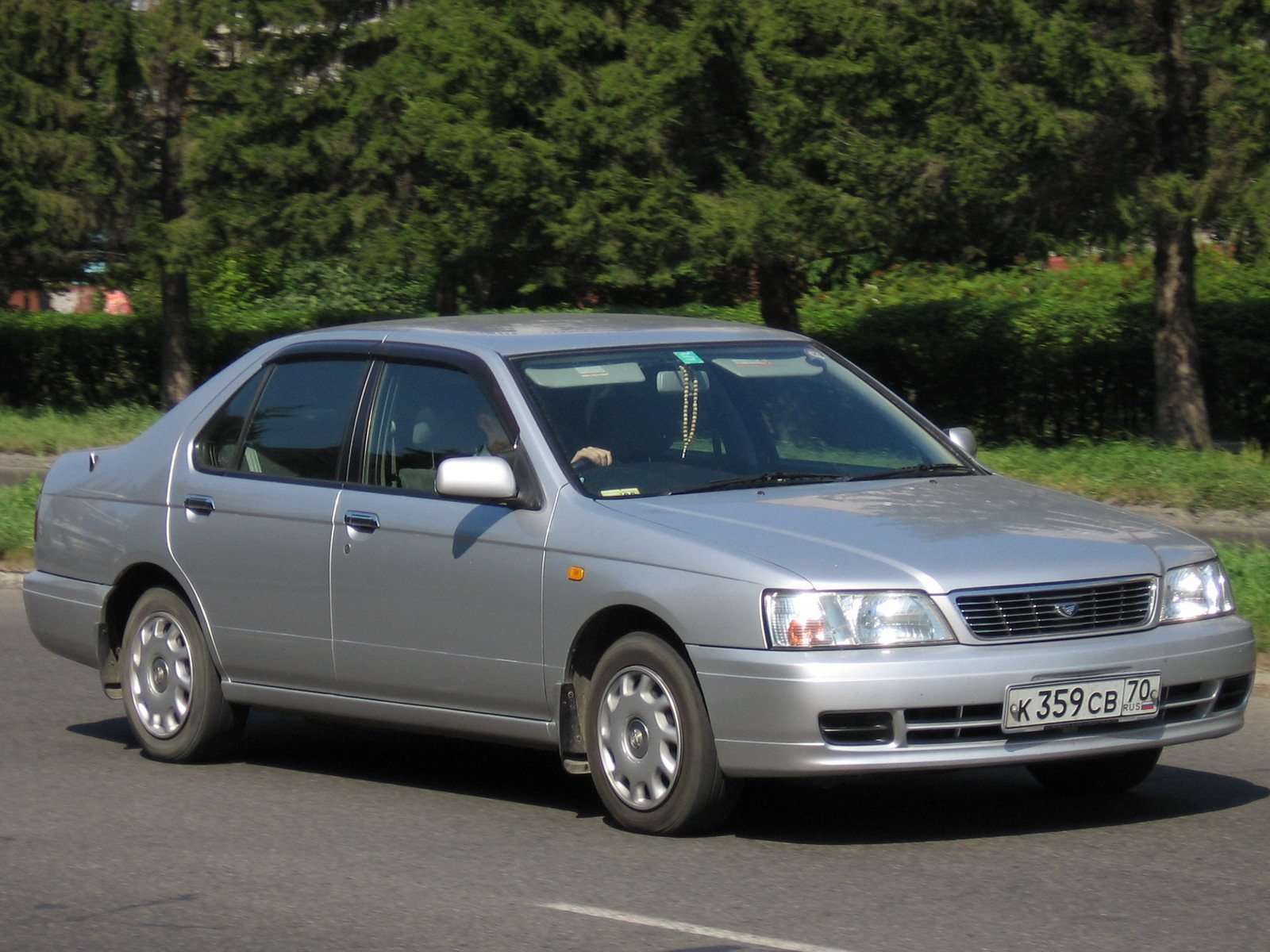 Nissan bluebird photo - 3