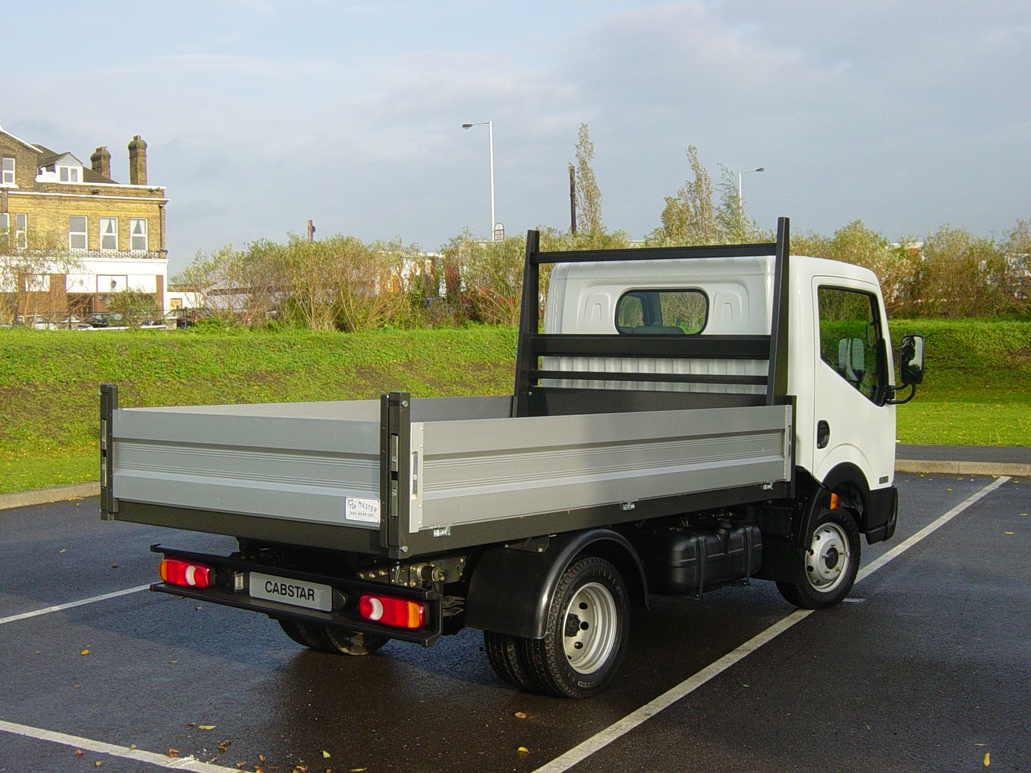 Nissan cabstar photo - 2