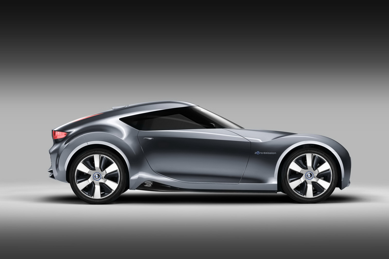 Nissan car photo - 2