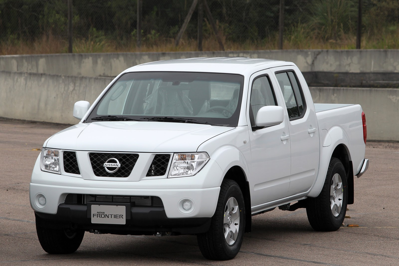 Nissan frontier photo - 4