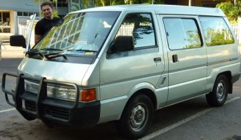 Nissan nomad photo - 2