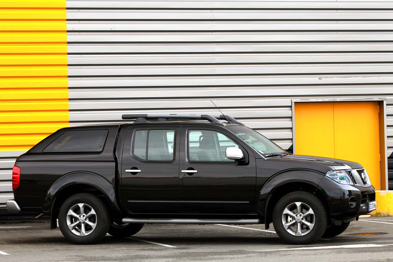 Nissan pick-up photo - 4