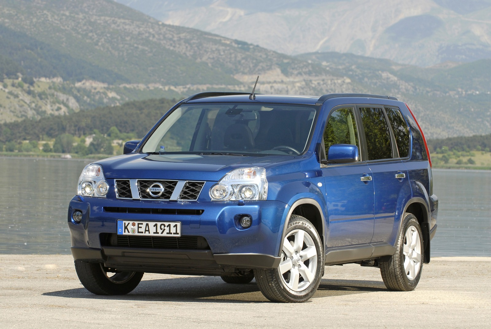 Nissan x-trail photo - 3