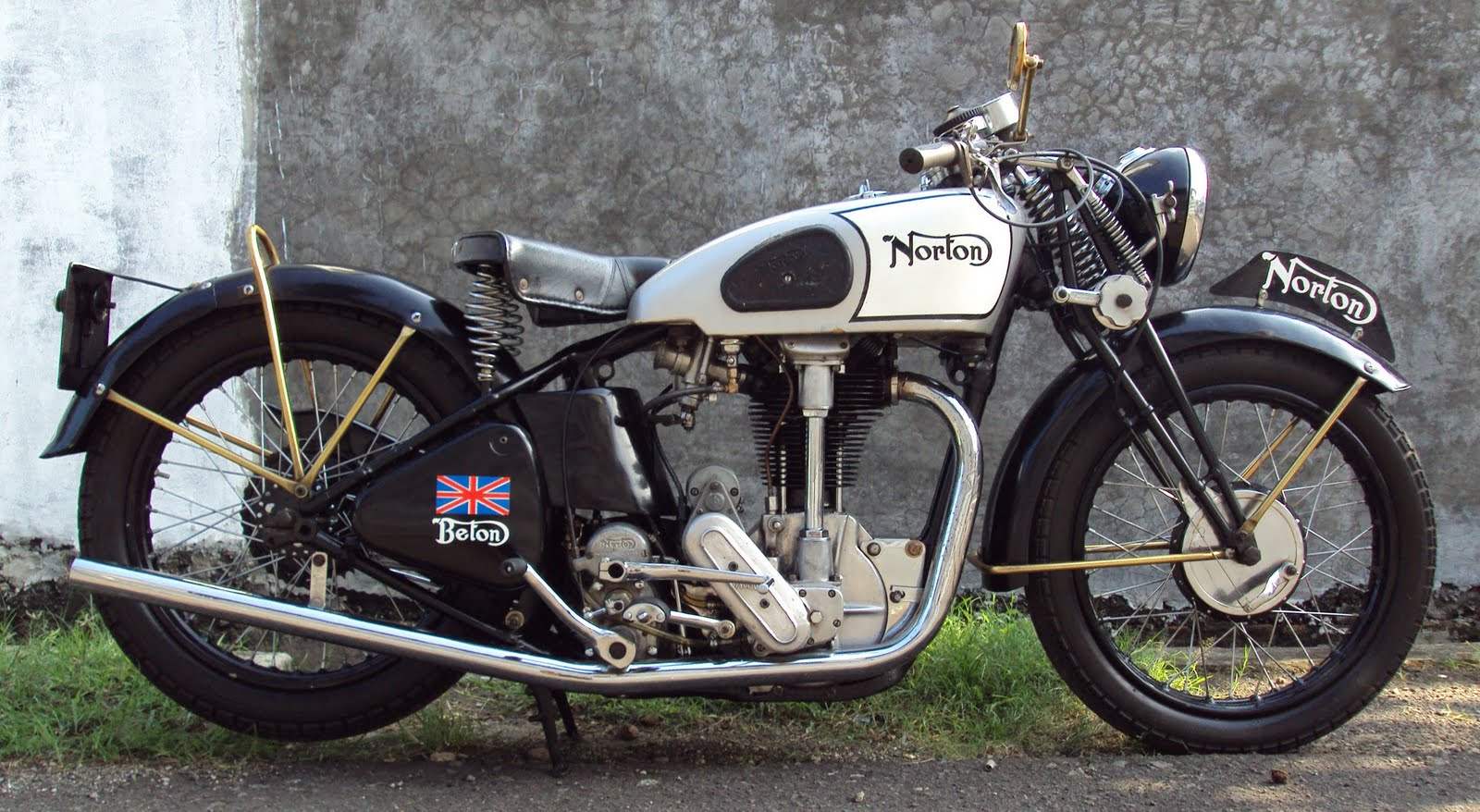 Norton model photo - 4
