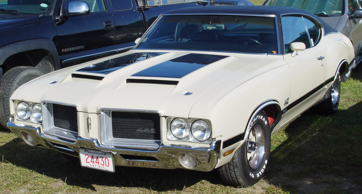 Oldsmobile 442 photo - 2