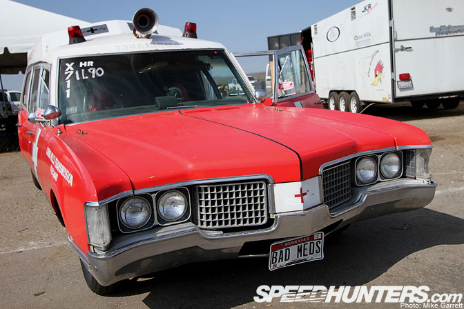 Oldsmobile ambulance photo - 4