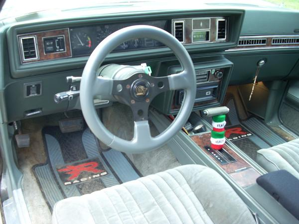 Oldsmobile calais photo - 3