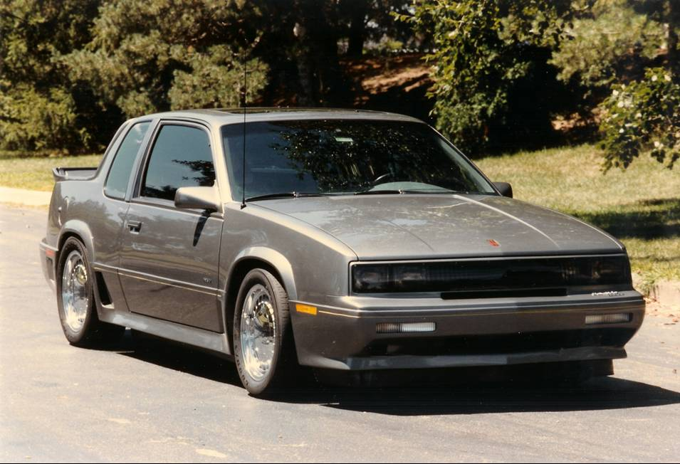 Oldsmobile calais photo - 4