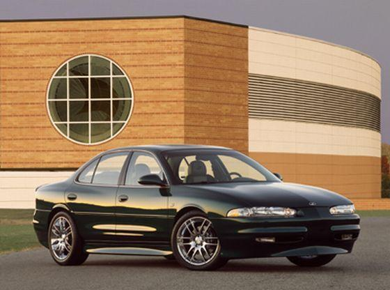 Oldsmobile intrigue photo - 4