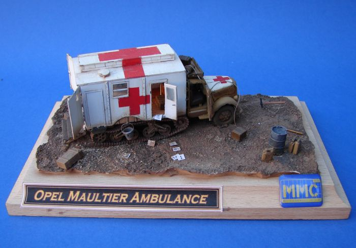 Opel ambulance photo - 3