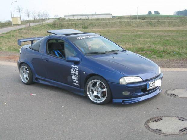 Opel tigra photo - 2