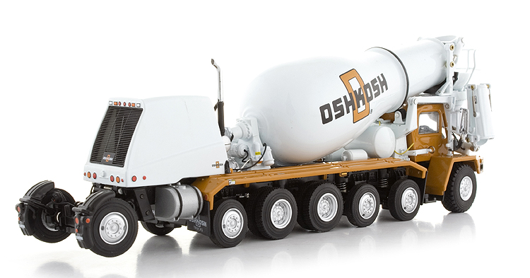 Oshkosh model photo - 2
